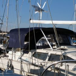 Southerly 110 Bimini with Optional Side Shade Panels_3