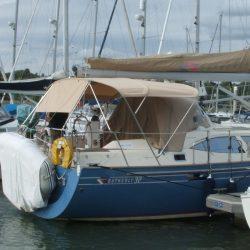 Southerly 32 Bimini_1