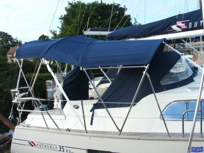 Southerly 35rs, 3 part Bimini_1