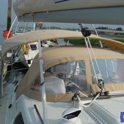 Southerly 35rs Bimini, forward mainsheet position_1