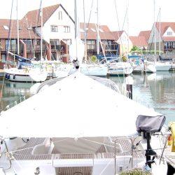 Beneteau Oceanis 37 under boom Pole Tent_3