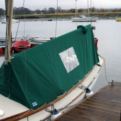 Islander 21 Fully Enclosed Boom Tent_1