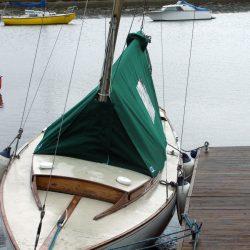 Islander 21 Fully Enclosed Boom Tent_2