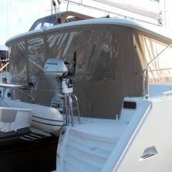 Lagoon 400 Cockpit Enclosure With Internal Window Blinds_2