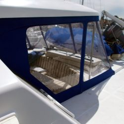 Lagoon Power 43, TOPCAT, Cockpit Enclosure_2