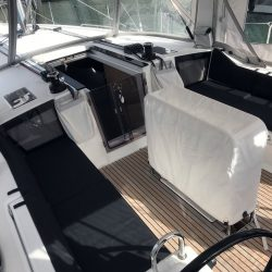Beneteau Oceanis 41.1, Cockpit Seat and Back Cushions_6