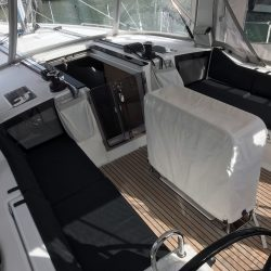 Beneteau Oceanis 41.1, Cockpit Seat and Back Cushions_7