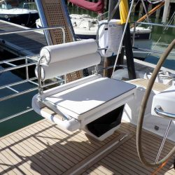 Hanse 575 Helm Seats and Backrests_1