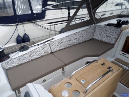 Jeanneau Sun Odyssey 41ds Cockpit Cushions, seats and backs_1
