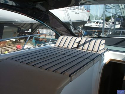 Sealine SC 46 Cockpit Upholstery_1