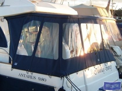 Beneteau Antares 9.8, Cockpit Enclosure_1