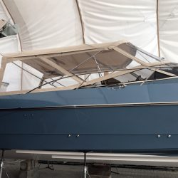 Hunton Custom 43, Bimini and enclosure panels_3