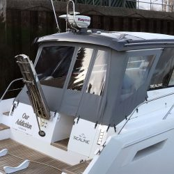 Sealine SC 47 Recover Aft canopy_11