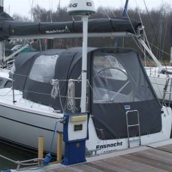 Dehler 32 Cockpit Enclosure fitted to factory supplied Sprayhood_4