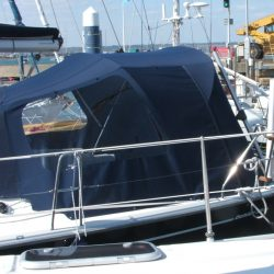 Dehler 36sq Cockpit Enclosure fitted to exisiting Sprayhood_3
