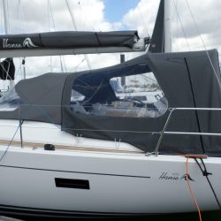 Hanse 455 Cockpit Enclosure fitted to factory fit Sprayhood_1