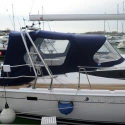 Legend 37, 2014 model, Cockpit Enclosure fitted to Tecsew standard Sprayhood_1