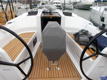 Hanse 348 Table Cover_1