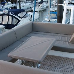 Sealine F42 Flybridge crew covers_2