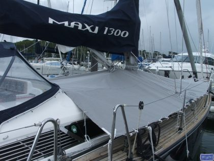 Maxi 1300 Foredeck Cover_1