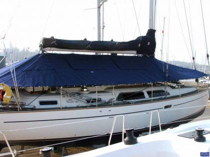 Moody 46 Deck Cover fitted with blinds and windows_1