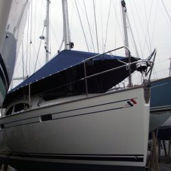 Southerly 32 Over Boom Deck Cover_1