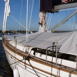 Southerly 42 rst Foredeck Cover_2