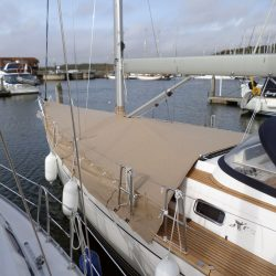 XC42 Foredeck Cover with skirt_1