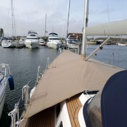 XC42 Foredeck Cover with skirt_4