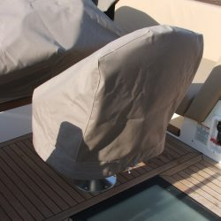 Sealine F42 helm seat cover_2