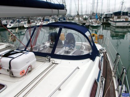 Bavaria 39 Cruiser Sprayhood_1