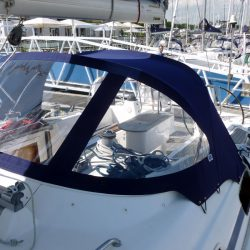 Bavaria 50 Cruiser, Tecsew design larger Sprayhood_2