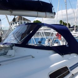 Bavaria 50 Cruiser, Tecsew design larger Sprayhood_3