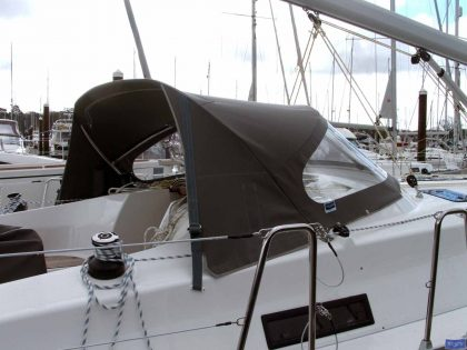 Bavaria Cruiser 36, 2013 Sprayhood_1