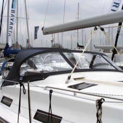 Bavaria Cruiser 36, 2013 Sprayhood_4