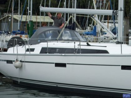 Bavaria Cruiser 37 Sprayhood, 2013_1