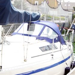 Beneteau First 30 Sprayhood_2