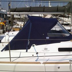 Dufour 40E Extended Sprayhood with roll back wings_2