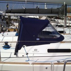Dufour 40E Extended Sprayhood with roll back wings_5
