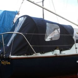 Four 21 Keel Yacht Sprayhood shown with Cockpit Enclosure, Saffron_2