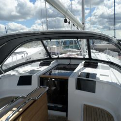 Hanse 415 3 bar Sprayhood_3