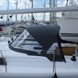 Hanse 415 3 bar Sprayhood_4