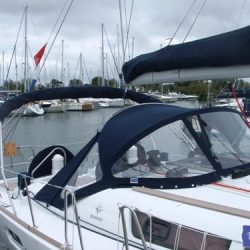 Jeanneau Sun Odyssey 39i Sprayhood with optional wing extensions and side windows_4