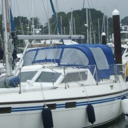 Southerly 115 series 1 Sprayhood, Sea Thyme_2