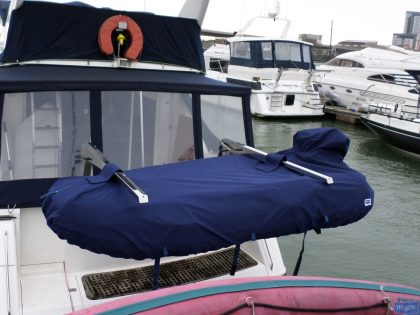 Tender cover on Davits with outboard covered_1