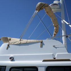 Beneteau Swift Trawler ST 34, Flybridge Tonneau Cover shown with optional Bimini fitted_4