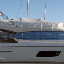 Prestige 550F, Flybridge Tonneau_1