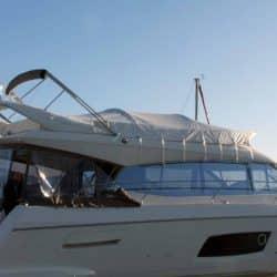 Prestige 550F, Flybridge Tonneau_2