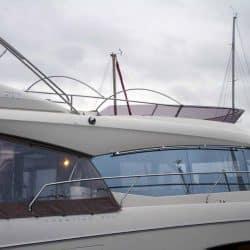 Prestige 550F, Flybridge Tonneau_5