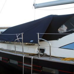 Southerly 38 Tonneau Cover, Zip attached to Sprayhood_2
